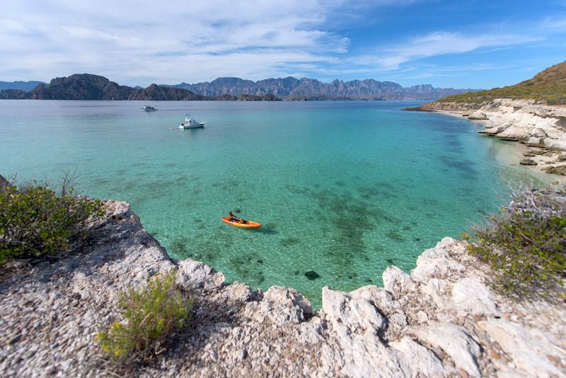 kayak-in-loreto-baja-mexico