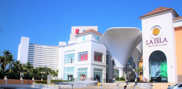 La Isla Mall in Puerto Vallarta