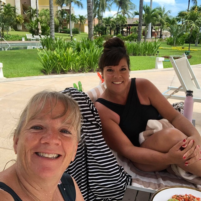 Guests Return to Cancun